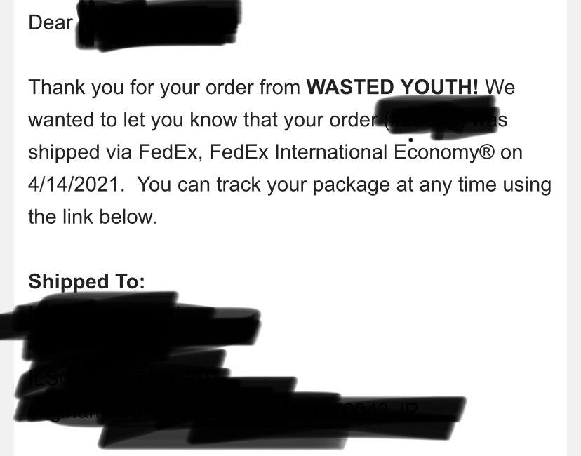 昼ごろ発送メールがようやくきました。 アメリカの業者はほんとマイペースよね😂