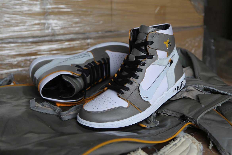 Off-White Air Jordan 1 The Ten  ヤバいのキタ