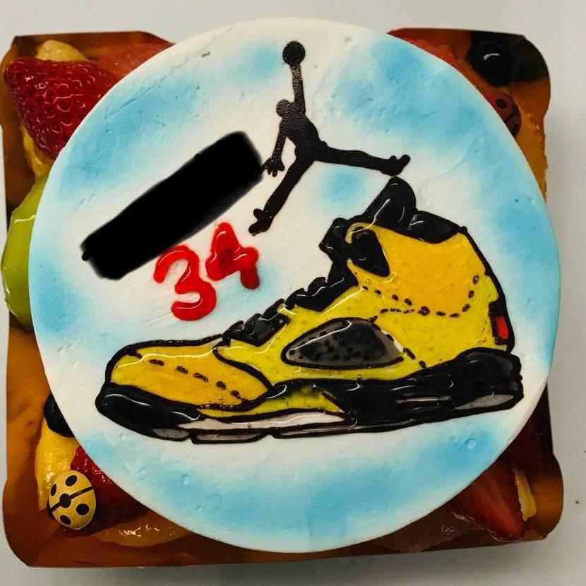 今年のケーキはミシガンでした^_^  嫁さんありがとう!