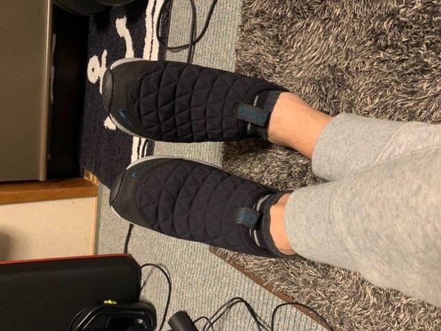 カーゴカーキ発売日にまさかのブラック到着w 初代ぶりに履いてみたけど、普段履き