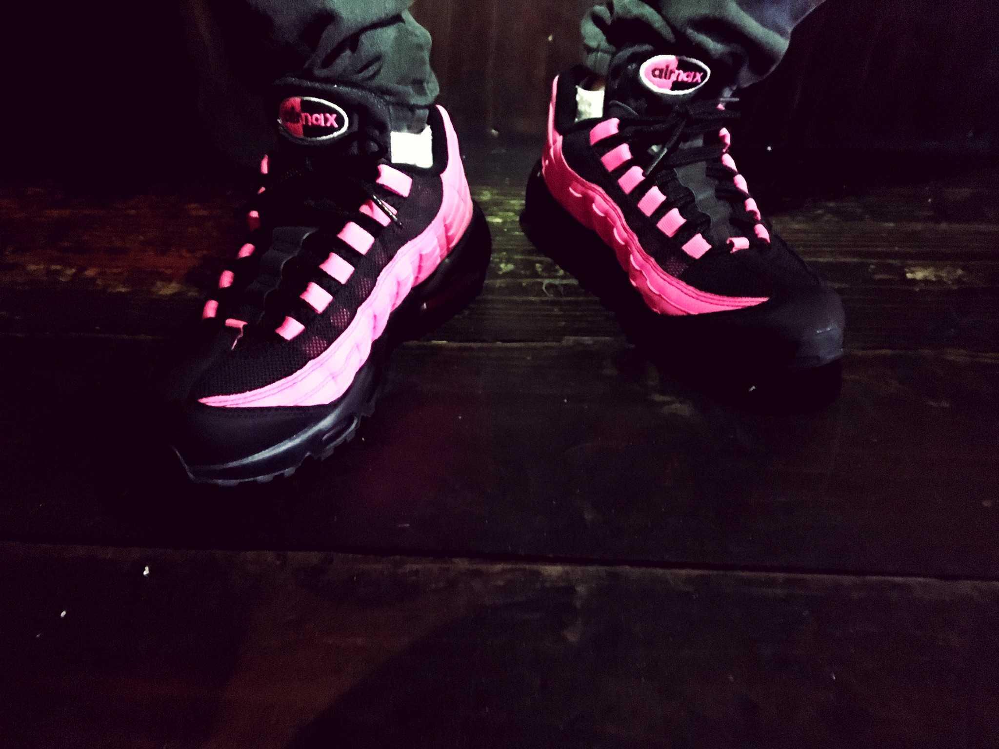ナイキ エアマックス95 ブラック/ピンク