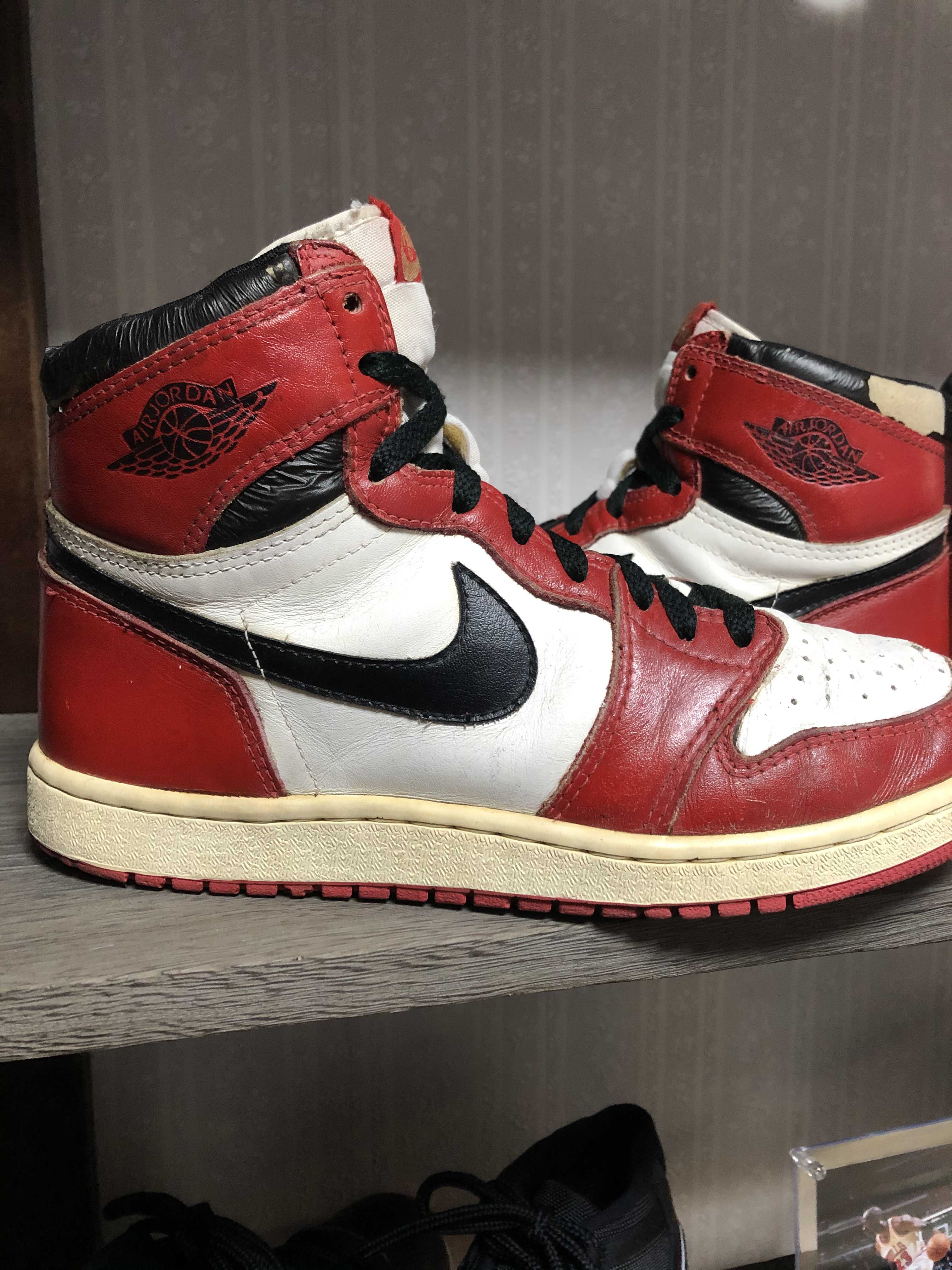 AIR JORDAN HIGH WHITE/BLACK-RED