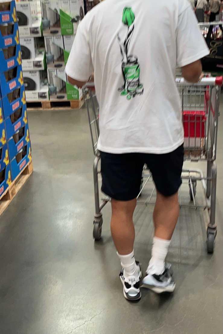 夏はsacai履きがち…プレ高すぎて恐怖。