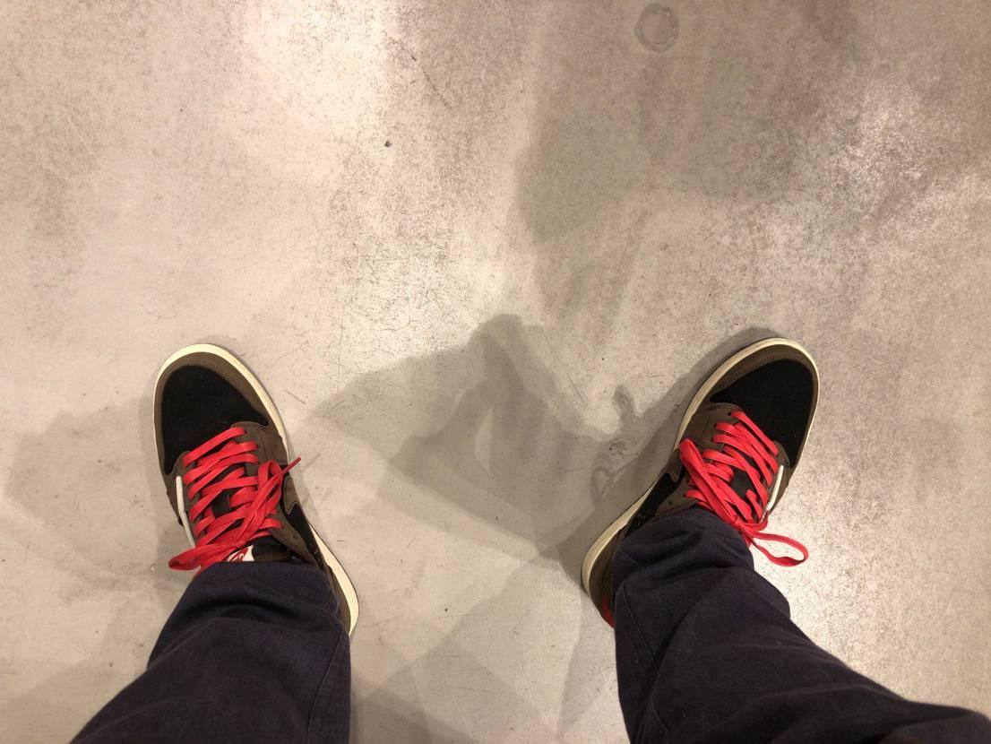 履くなら赤紐と決めてました♪