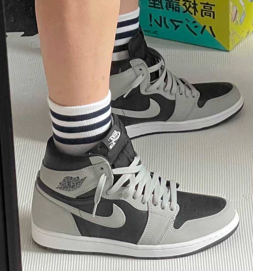 シャドーはかっこよくてまだおろせてません😰 adidasのソックス可愛くて👍👍