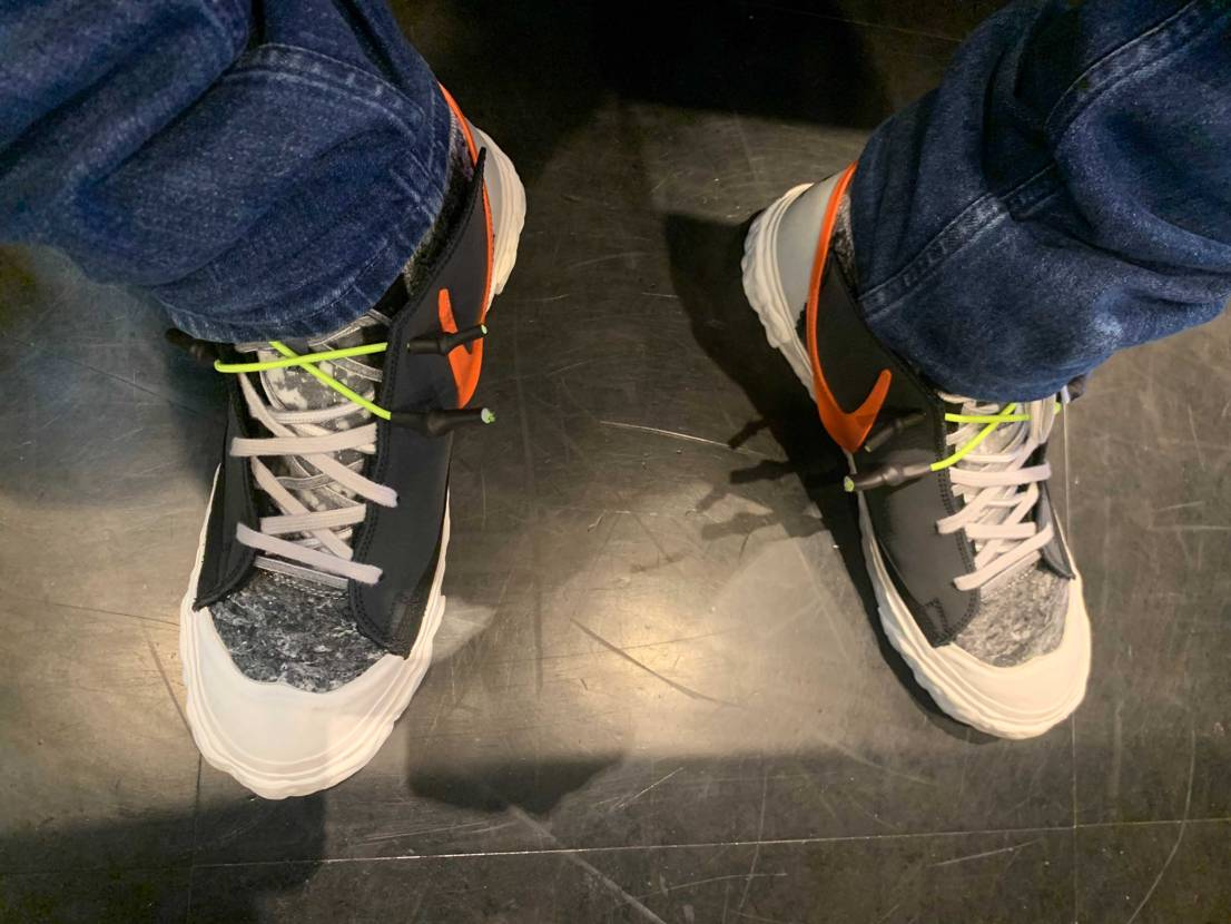 欲しい靴あるから黒と白どっちか手放そうかな。 悩むー!!