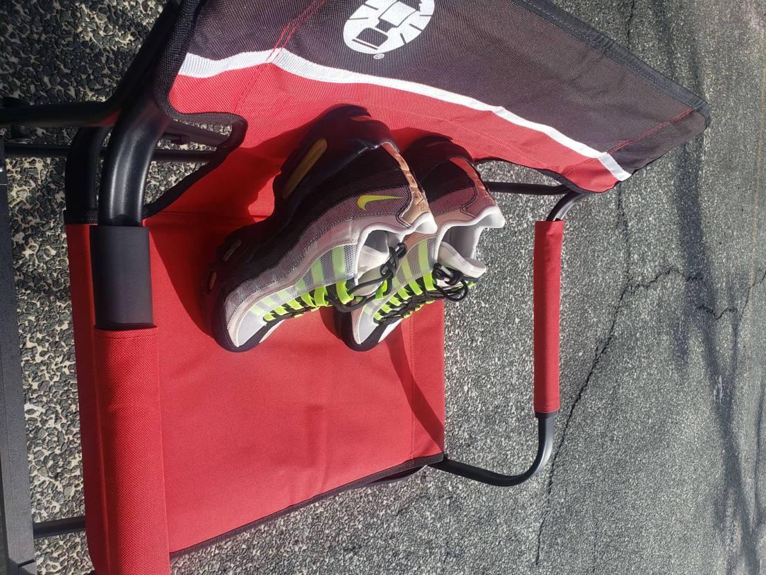 デンハムさんからの贈り物➰😁 スプレーして履く準備🎵