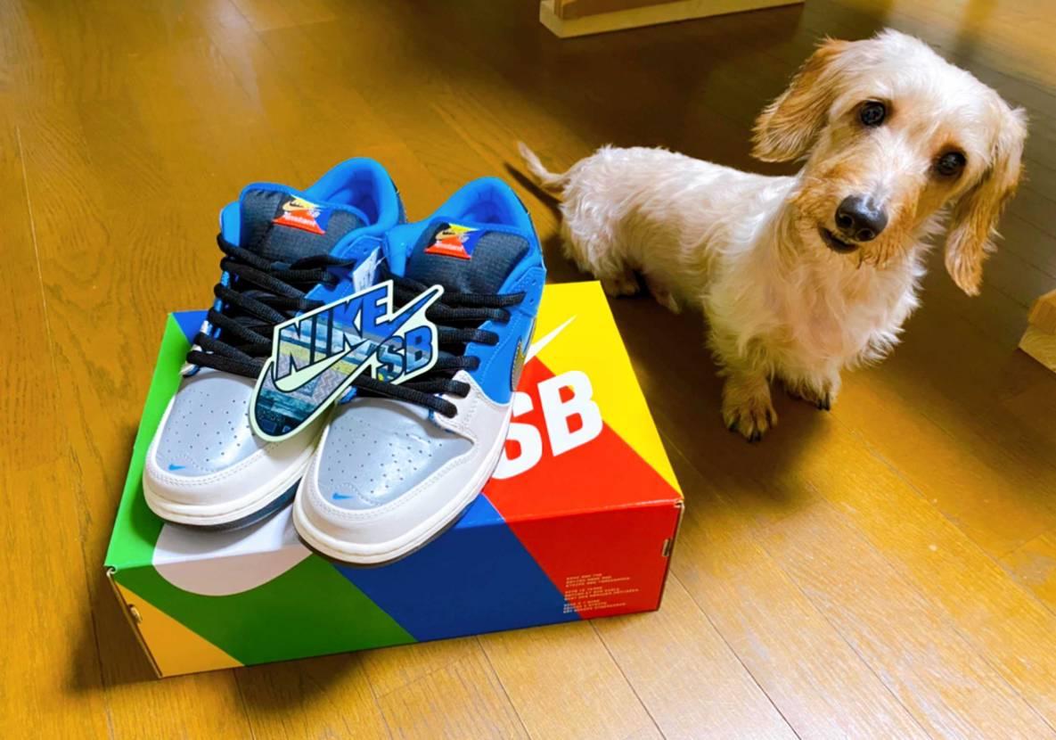 地方民の自分は店舗抽選を受けれないので、東京に住んでる友人が犬好きな自分がずっと