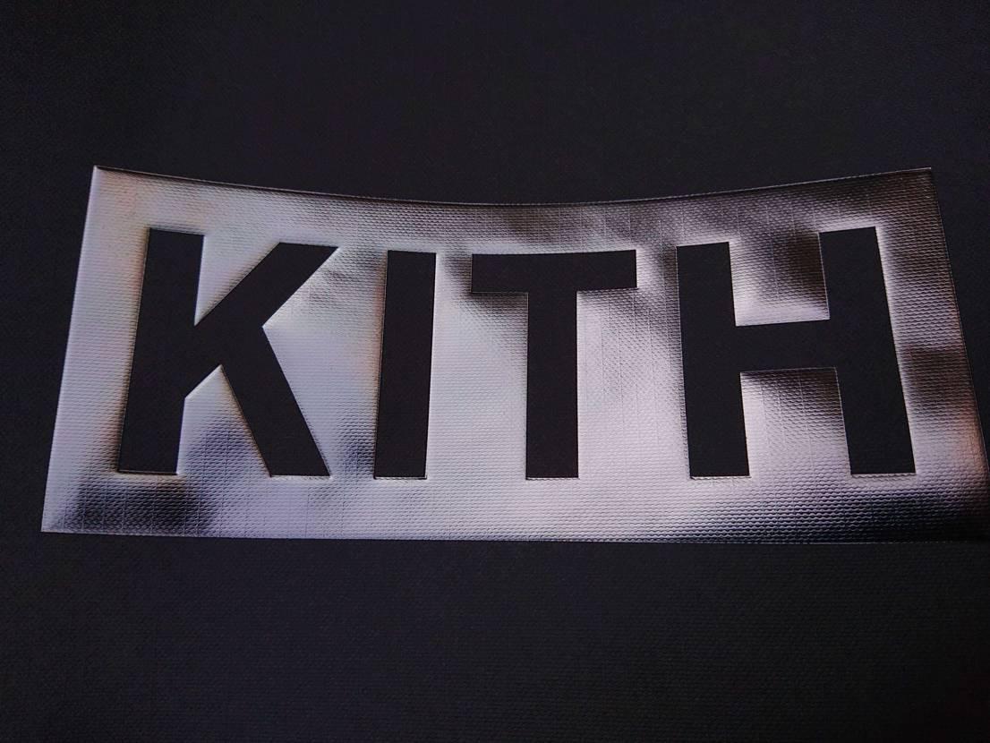 久しぶりKITHで買い物してきたけどスニーカーそこそこ良さげなのリスってた。