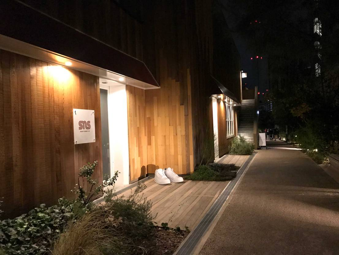 本日、SNS日本初上陸の立ち上げ初日を並ばれた皆さんお疲れ様でした💦私は深夜の1