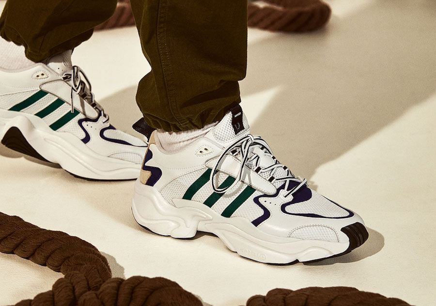 G26279 Adidas Originals NAKED