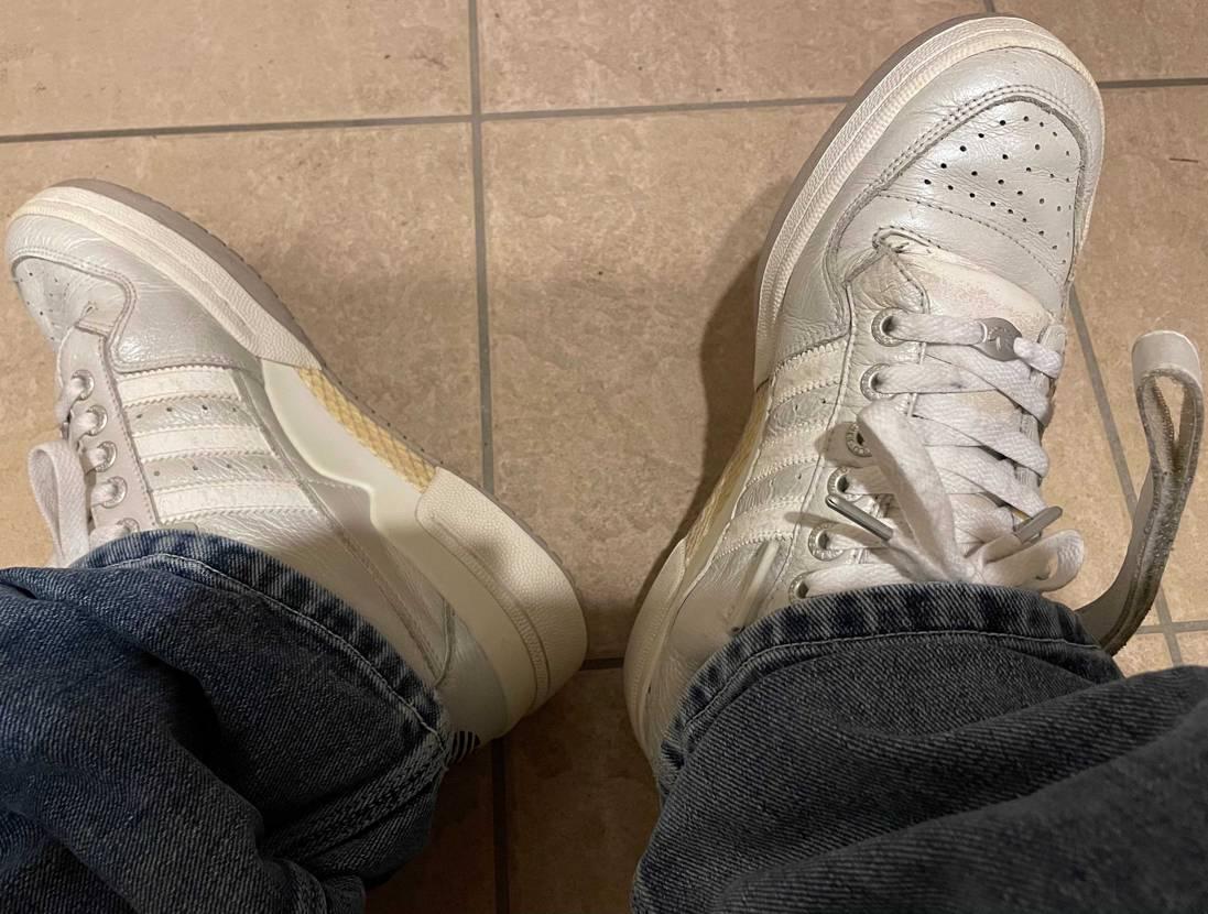 2001年位のフォーラムLowパールホワイト。まだ、履けそうなので、キレイにしま