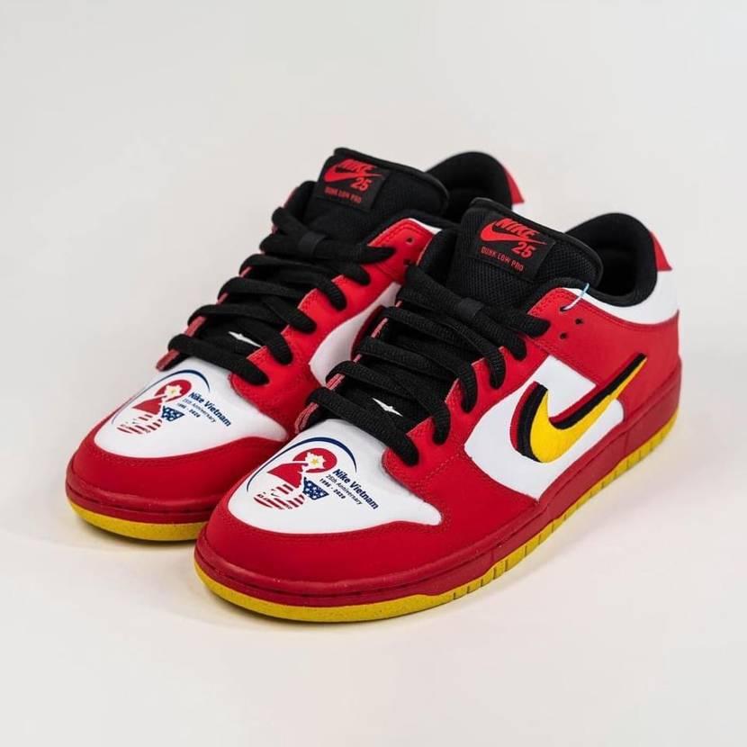 "Nike SB Dunk Low ""Vietnam"" 🇻🇳"
