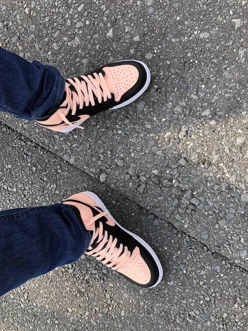 夢の国なう! ジョーダン1ブラックピンクが彼女に好評です😆✨ #クリムゾンテ