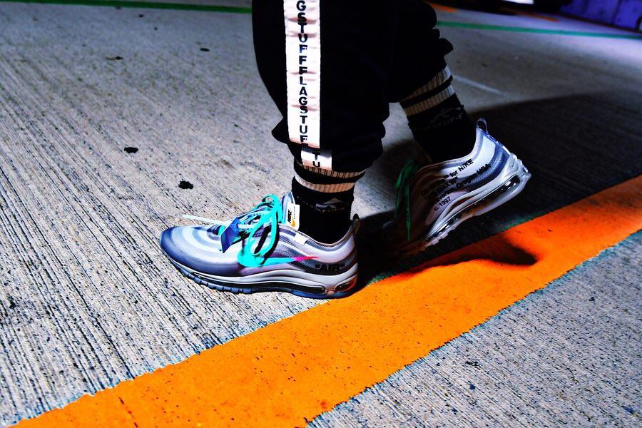 #off-white #nike #theten #sneakers #airj