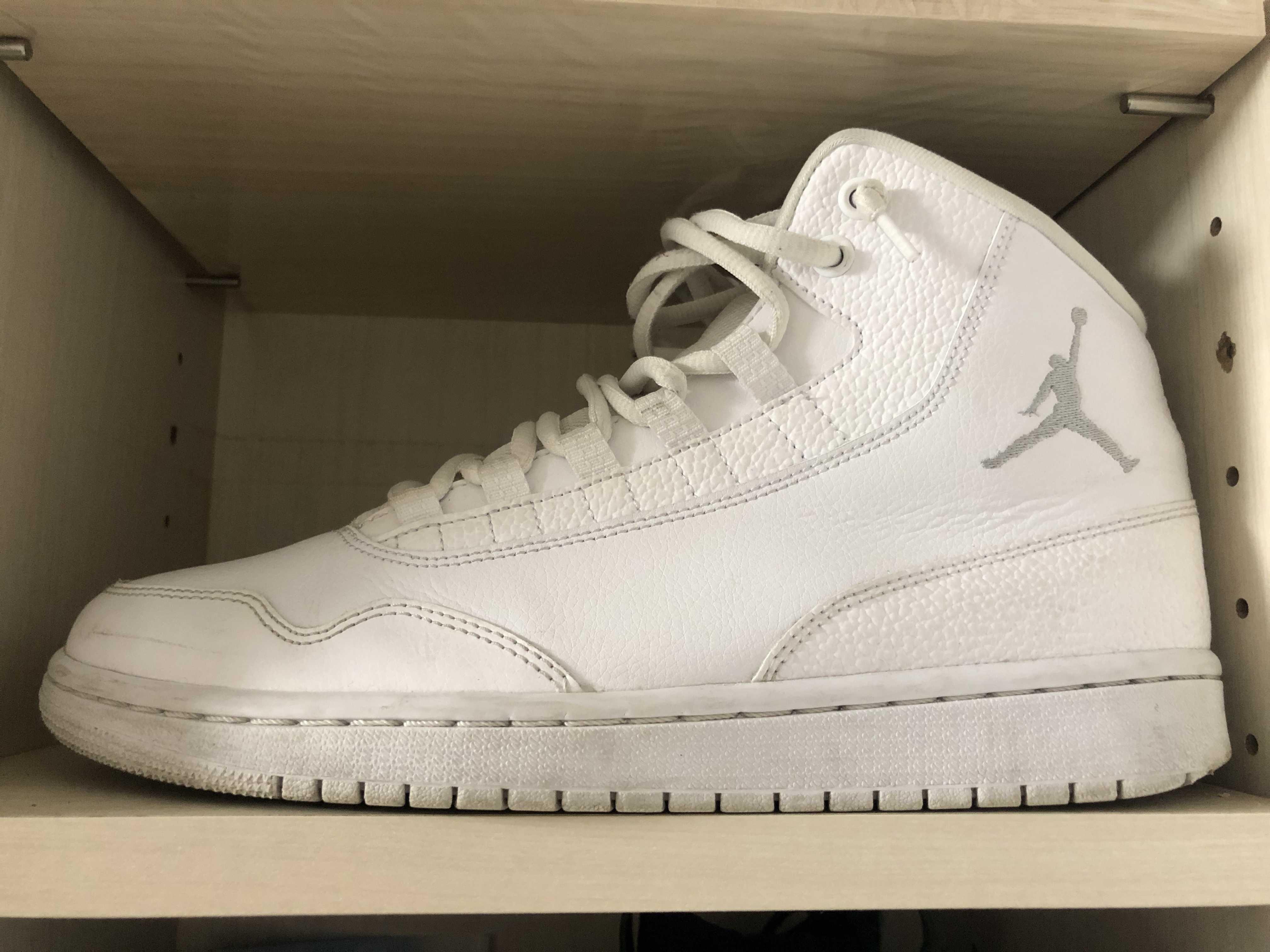 Air Jordan Executive Off Court White