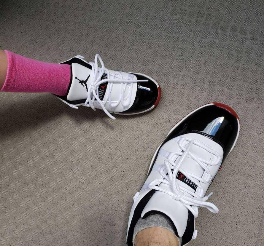 去年買っといた、ジムレッドとうとう娘が履けるようになりました😄 成長を感じますね