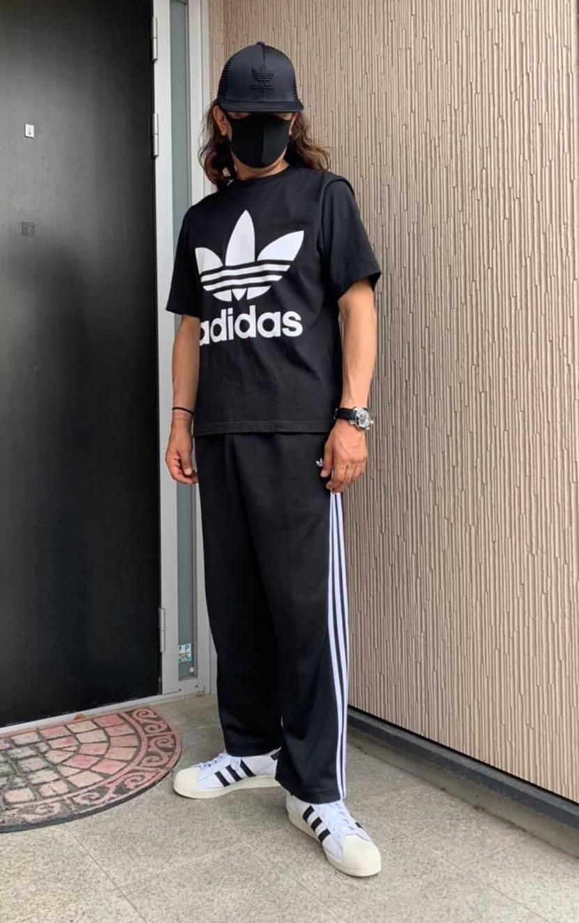 30年振りの   adidas スーパースター 🎵  ちょっと デカ