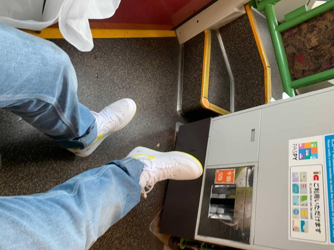 雨の日に履くのは激アツやけど、 意外に靴底についた日頃の汚れが取れるんですよ!