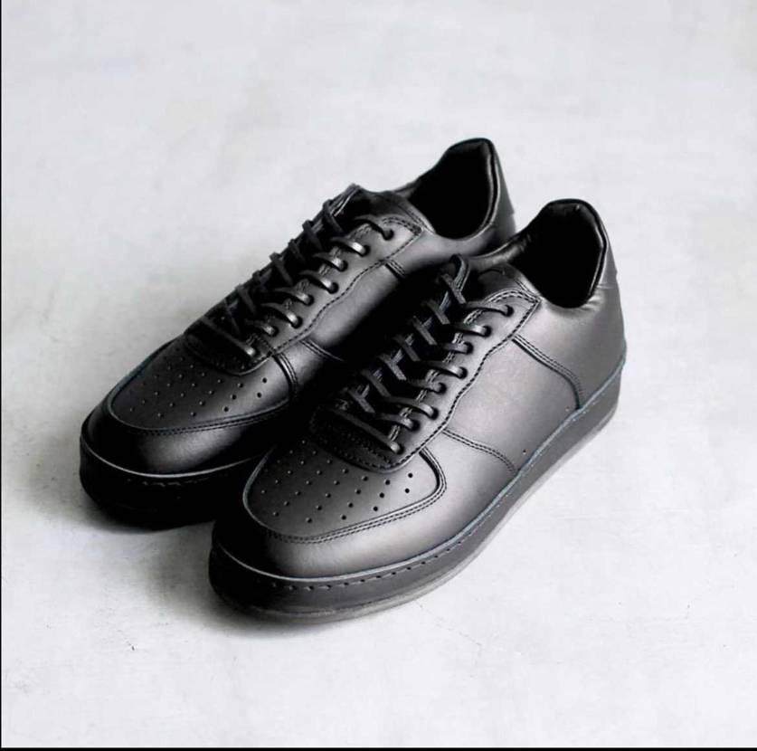 エンダースキーマの革靴なんだけど、Nikeからインスピレーション受けてるよね