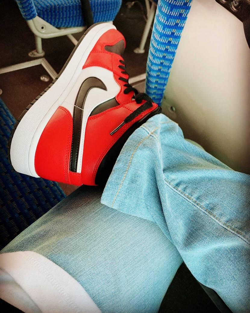 この靴買ってもう6ヶ月か。 やっぱかっけぇ✨  #nike #初投稿 #a