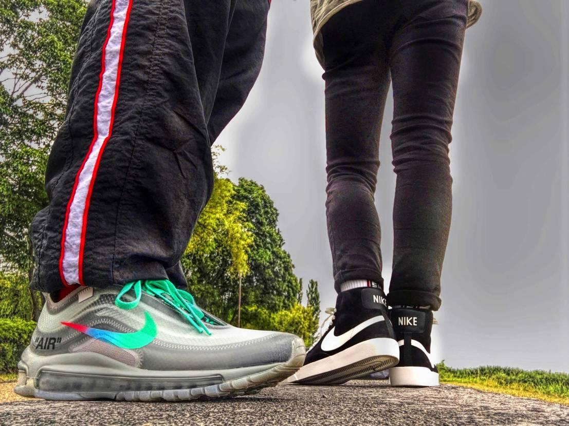 97履いてのんびり散歩😆✨ 相変わらずクッショニング最高です👍‼️ . .