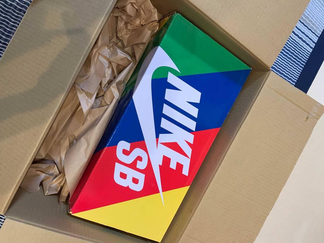 帰宅して荷物来てたんで昨日の限定で買えたユニオンだと思いすぐさま開封! BOX