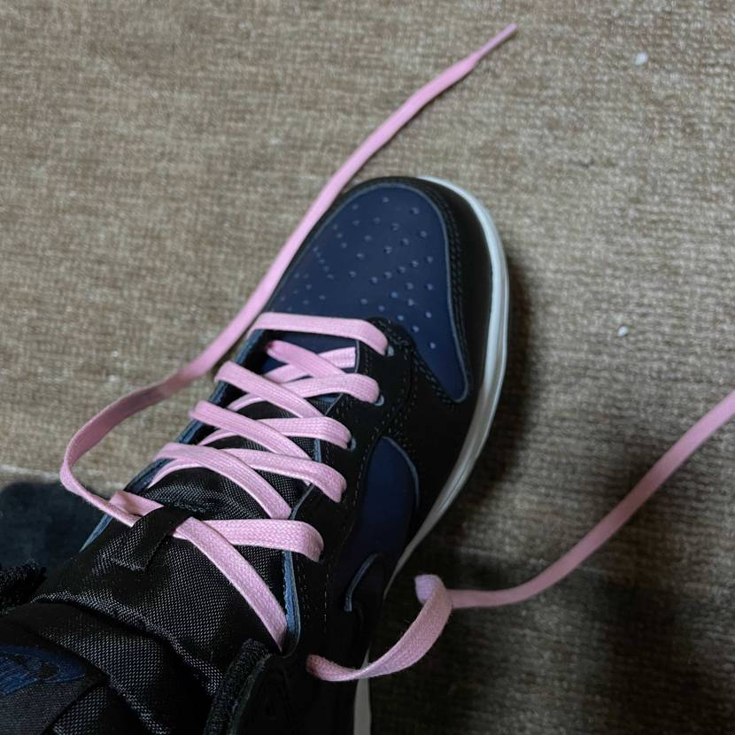 良い感じらしいけど、俺がピンク履くのは嫌らしい。