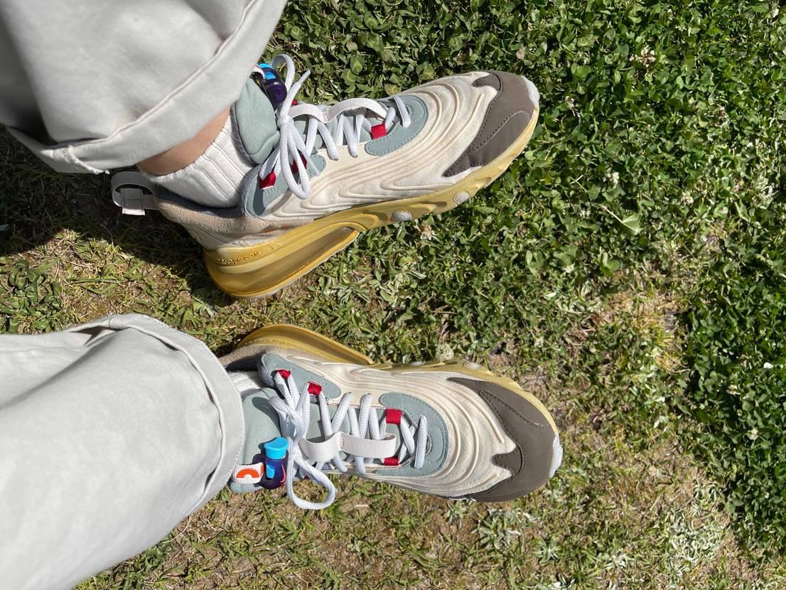 天気がいい日は好きなものを履いて  この靴下めちゃくちゃ相性バッチリ(*•̀