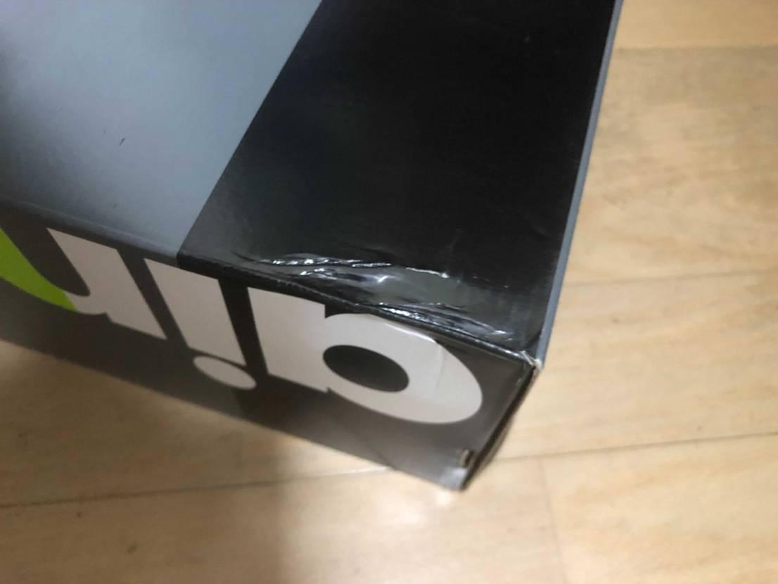流石に新品で出して大丈夫な箱ですよね?