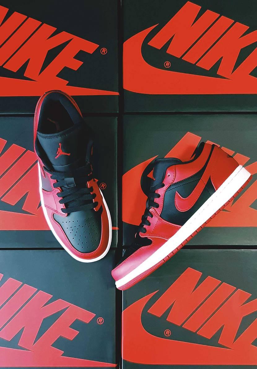 NIKE AIR JORDAN 1 LOW VARSITY RED