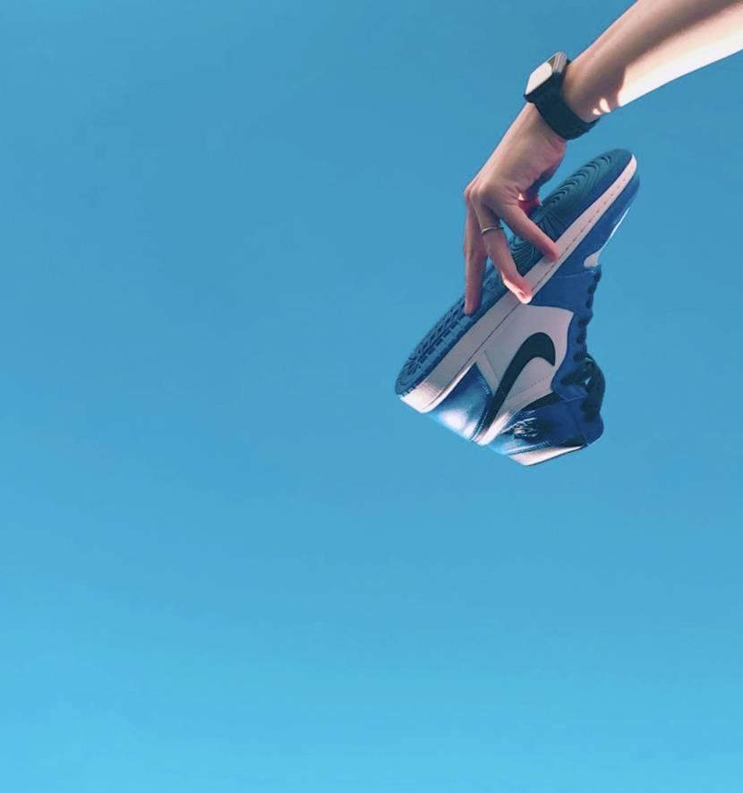ハイカット夏でも履く派ですか? 皆さんの夏にオススメの一足教えてください🙇♂