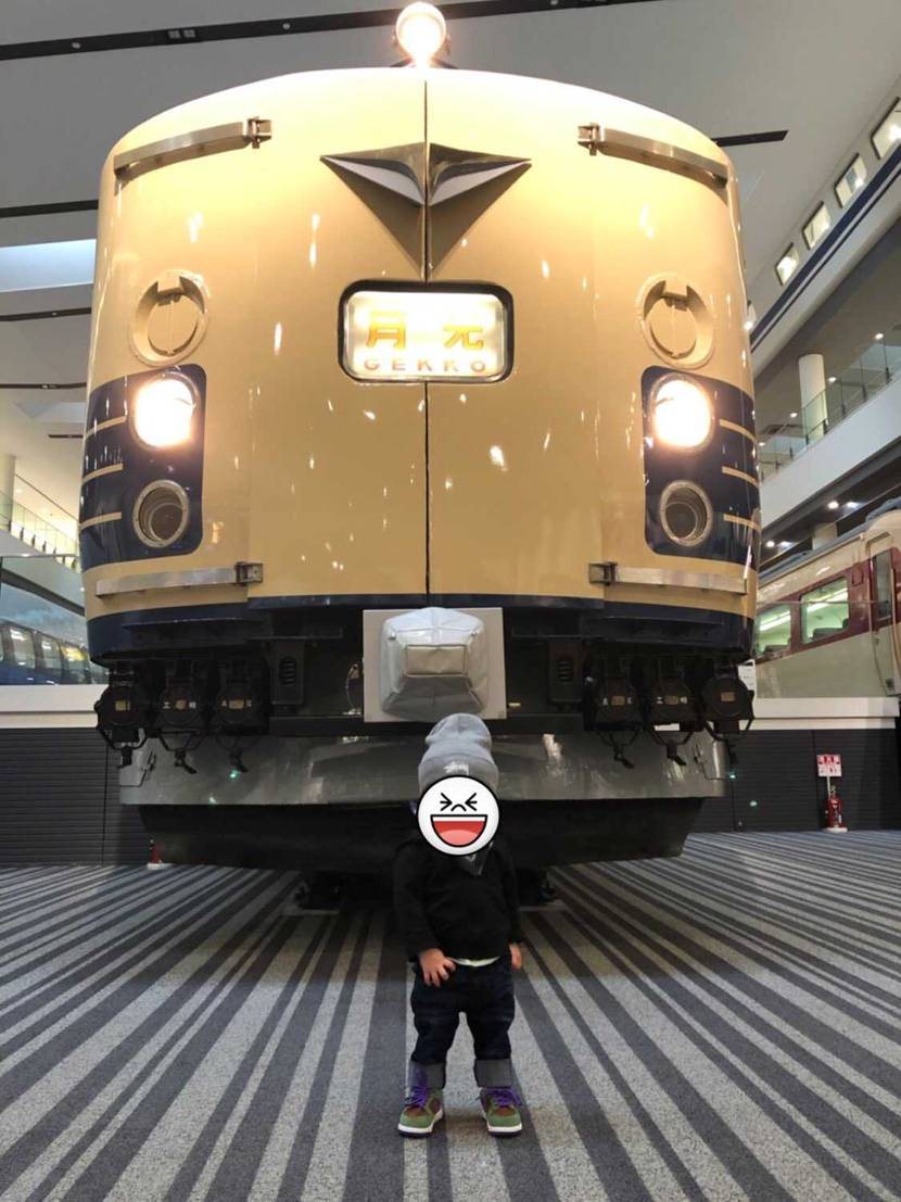 ちびダムの鉄博デビューしてきました✨ 車両の大きさにビビって大泣きすると予想し