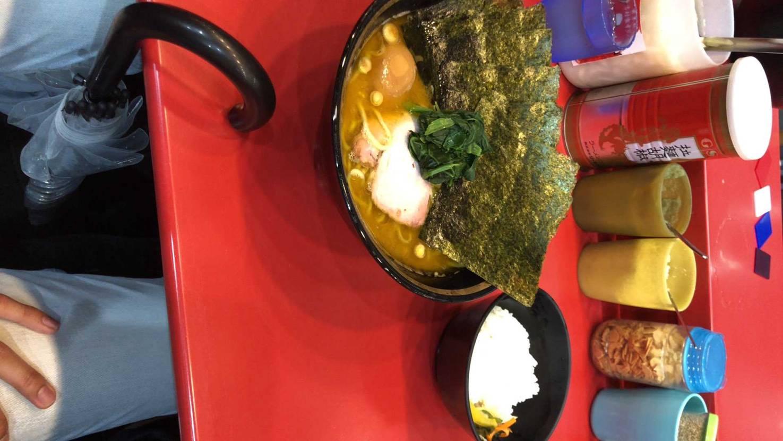 1年前に神奈川行った時に食べた吉村家 美味すぎたなーまた行きたい