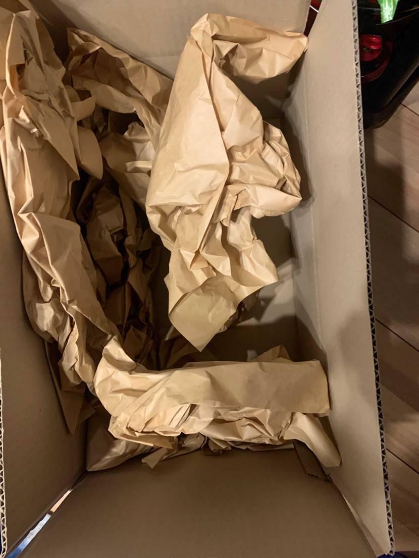 snkrdunkの返送ひどすぎないか? 箱に価値があるやつだったのに配送時と違