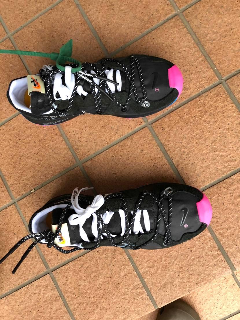 どなたか教えてくれませんか😭防水スプレー(靴用)したら少し白くなってしまいました