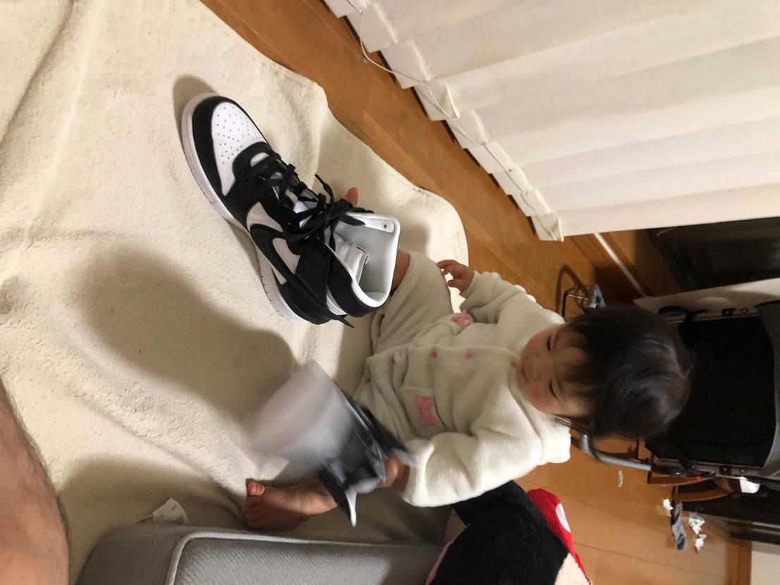 写真を取ろうとしたら娘にトンガリを引っ張られた。。😅