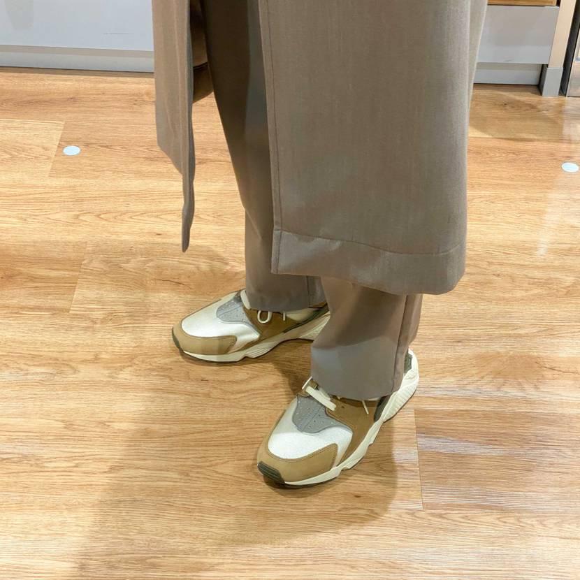 久々のハラチ履き心地最高…✨ 綺麗めのスタイリングの外しにめっちゃ使えるなぁ…