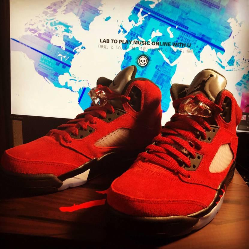 """my new kicks... NIKE AIR JORDAN 5 """"TORO"""