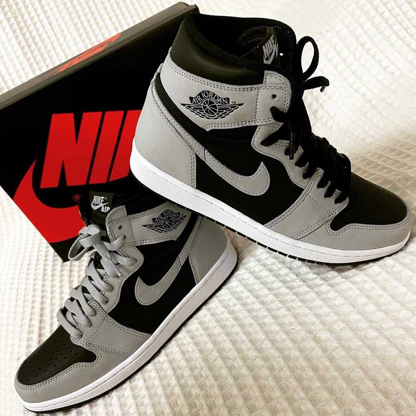 AIR JORDAN1SHADOW2.0🐺 sneakers限定アクセス💪