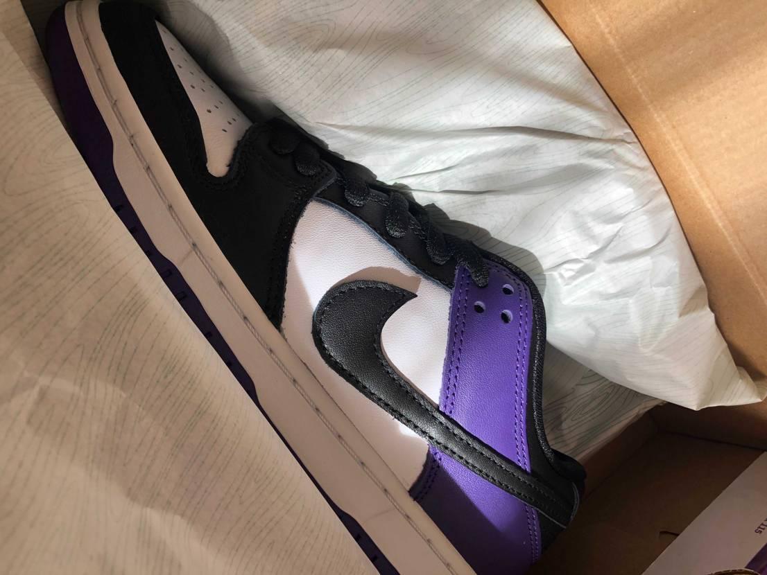 コートパープル写真で見るよりいい色でびっくり! NIKE.comで初めて買えた