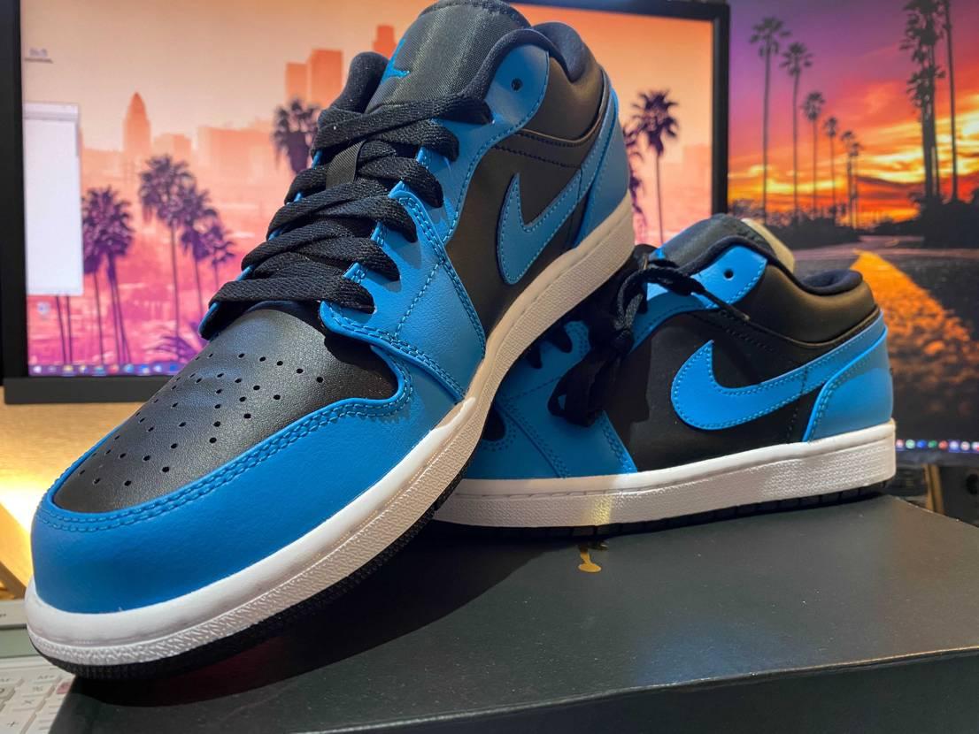 なかなか良い色じゃないですか! Jordan 1 Low Laser Blue
