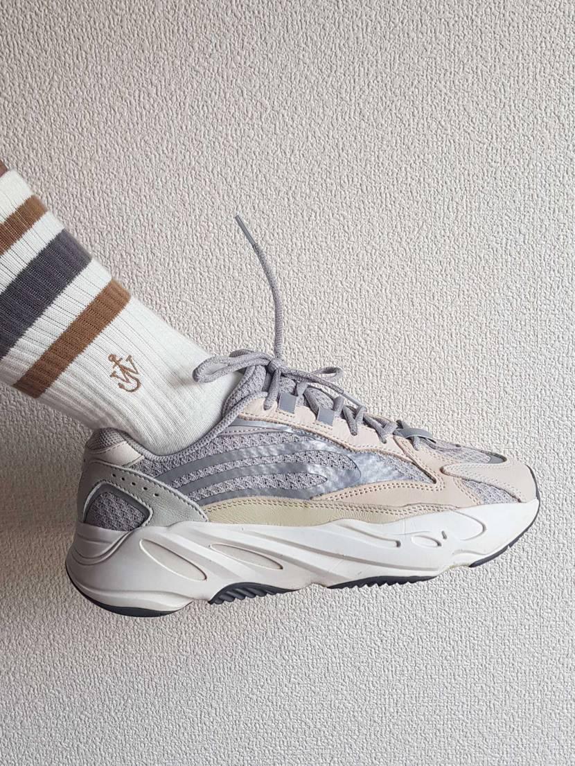 靴下の色は靴の色と一致しています。🤙🏼🤙🏼