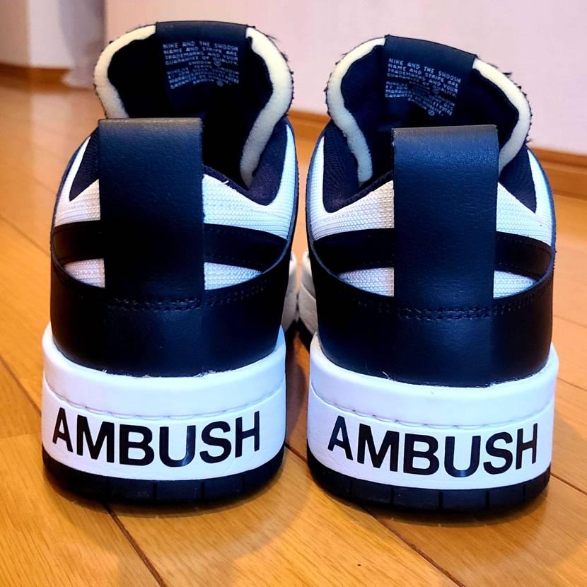 DUNKディスラプトを ステッカーカスタム✨ AMBUSHに似てるので、 ディス
