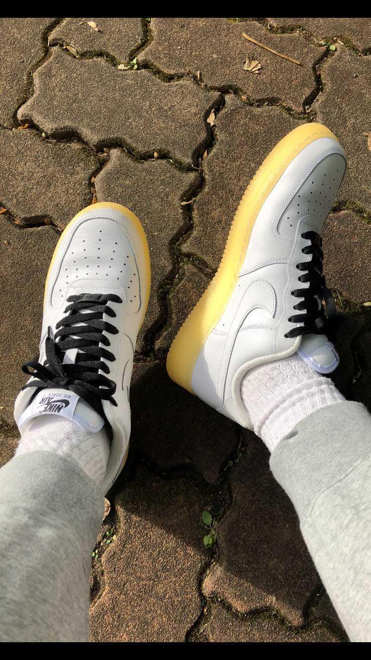 Nike by youのエアフォースワンを下ろしました。履き心地良いし、普段使い
