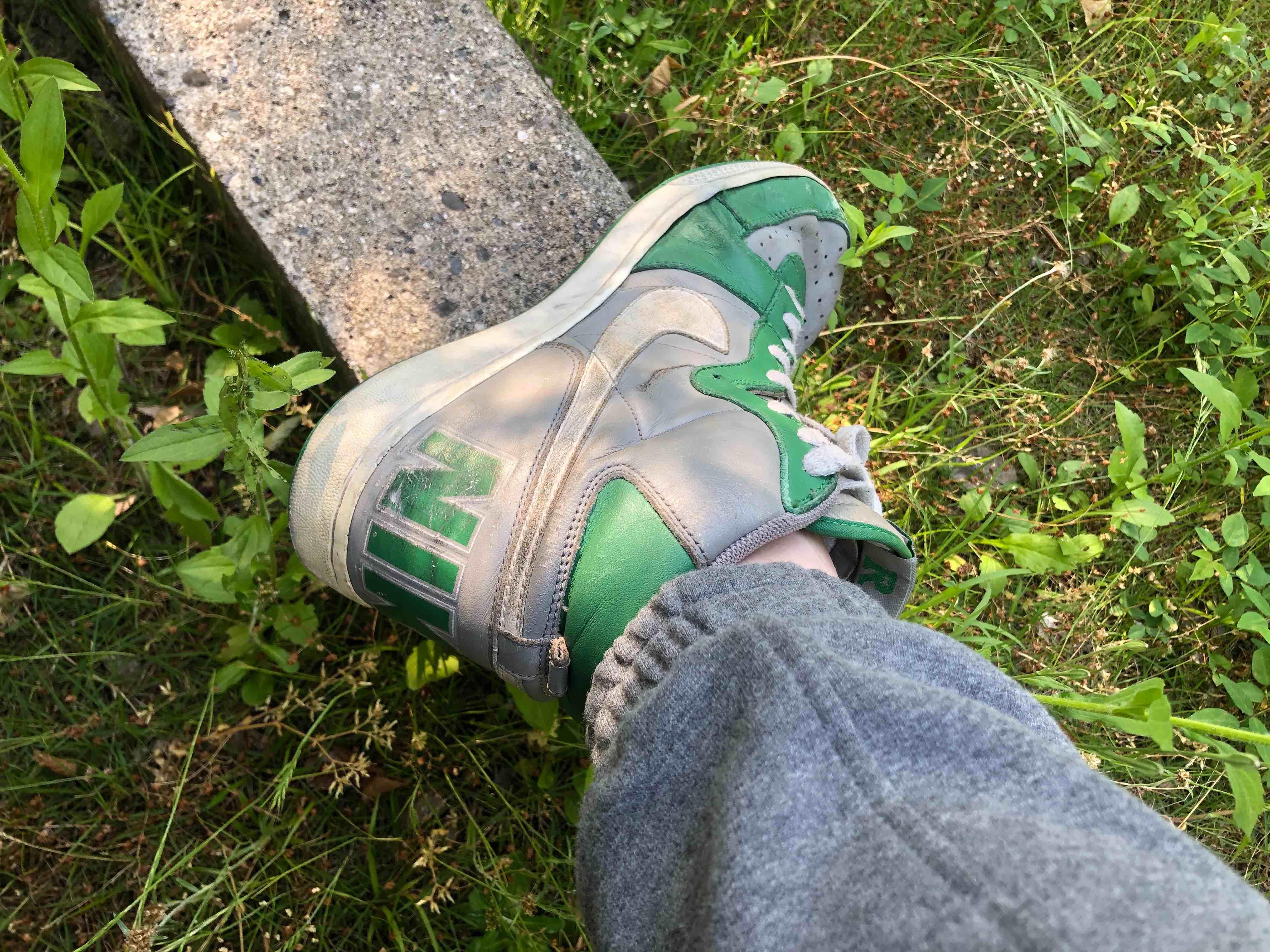 今日は久々にこれ履きました。 ターミネーター好きな靴です  ちょっと磨かな