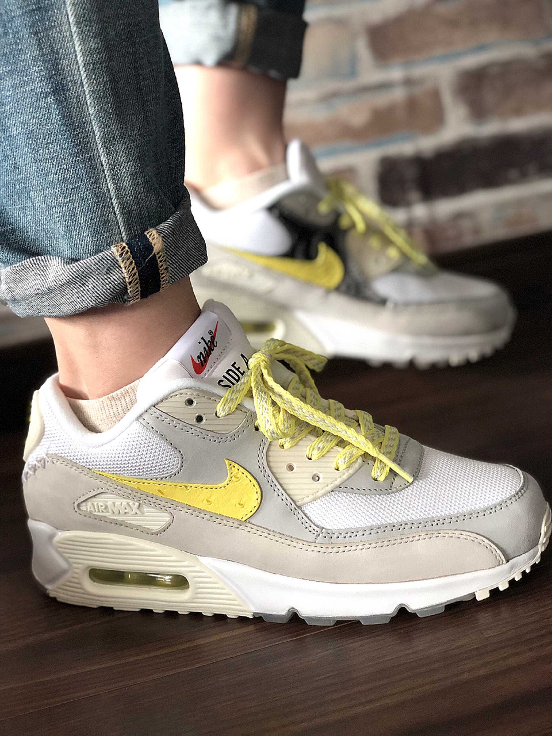 NIKE AIR MAX 90 MOON LANDING 2COLORS  side A