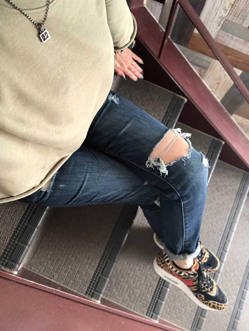 何となく秋だねぇ🍂   昨日買ったショート丈のスウェット (*´꒳`*)