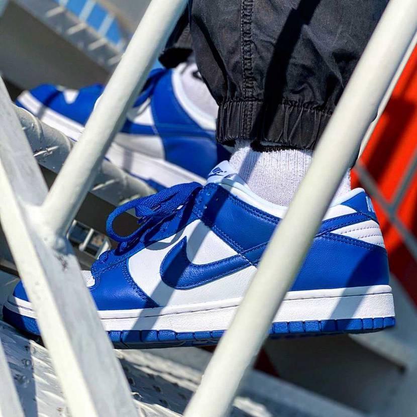 スニダンでプレ値で買ってよかった🥰#nike #スニーカー好き