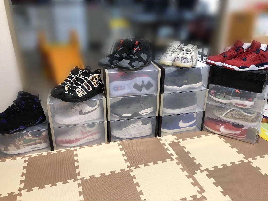 最近購入したスニーカー達を並べてみました! ちなみ昨日スト